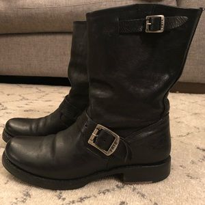Women's Frye Veronica boot size 8